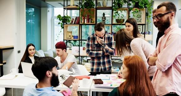 Everything You Need to Know About Staying Engaged at Work (Infographic)